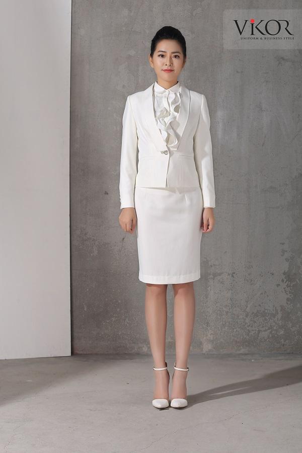Chân váy nữ VW41203 màu trắng tinh khiết kết hợp với màu trắng