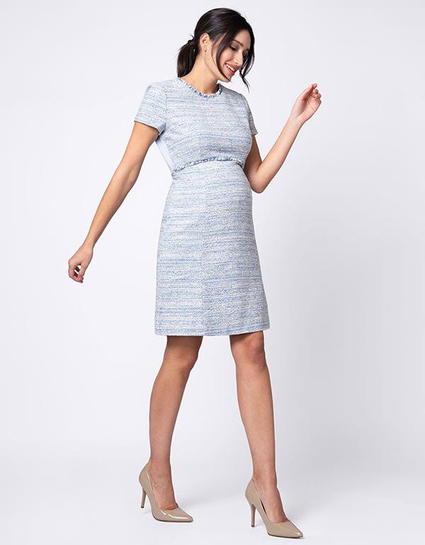 Đầm bầu với thiết kế đơn giản nhưng mang màu sắc trẻ trung với điểm nhấn ở cổ và eo