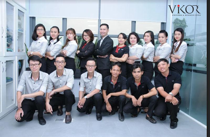Đội ngũ tư vấn và thiết kế trẻ trung, năng động tại VIKOR