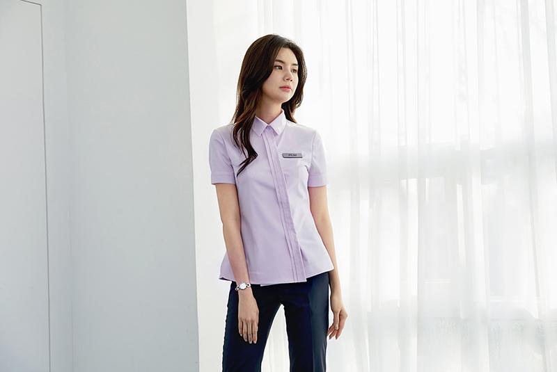 Tông màu tím pastel nhẹ nhàng phù hợp với những doanh nghiệp làm trong lĩnh vực làm đẹp