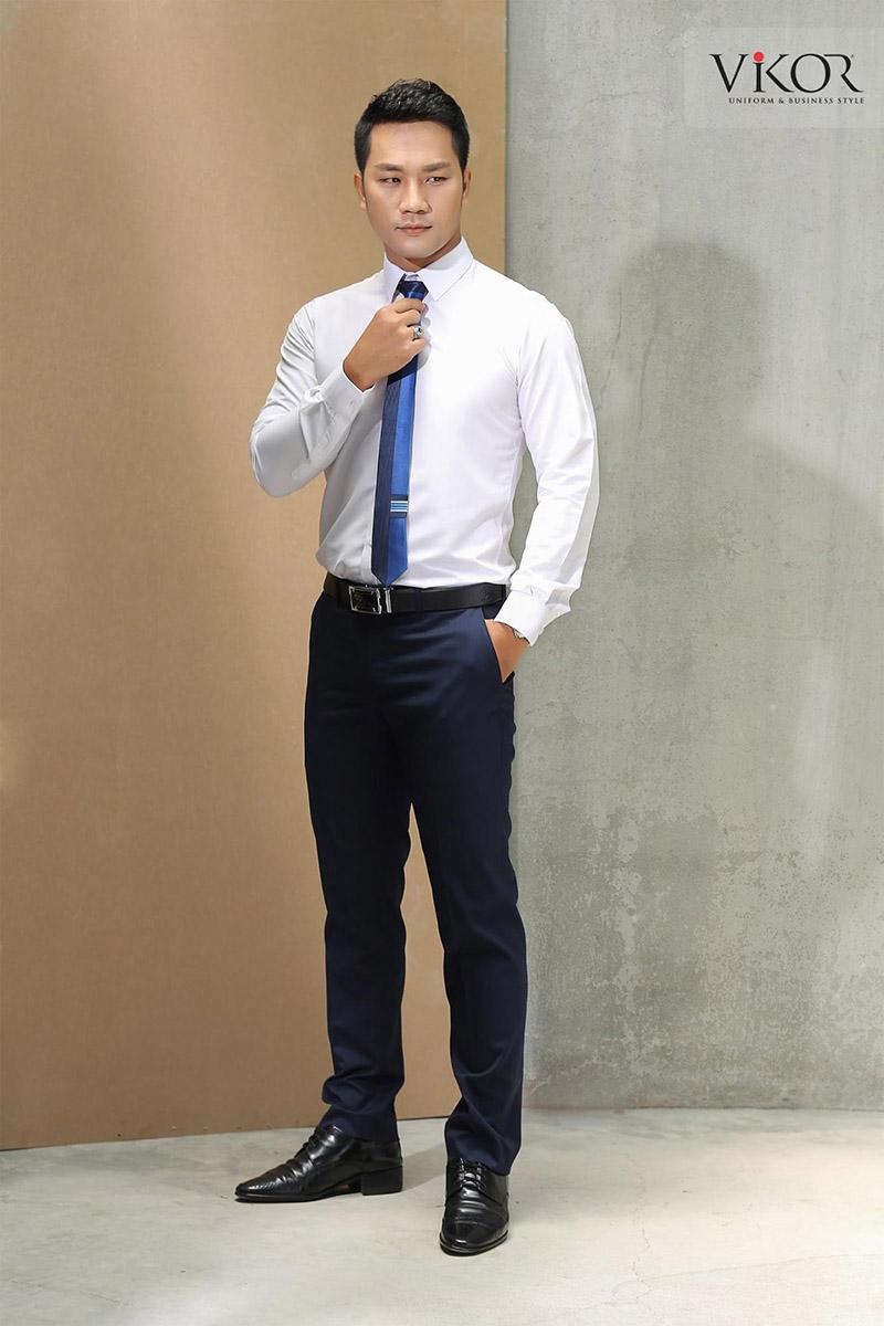 Đồng phục sơ mi nam kết hợp quần Tây, thắt lưng và cà vạt