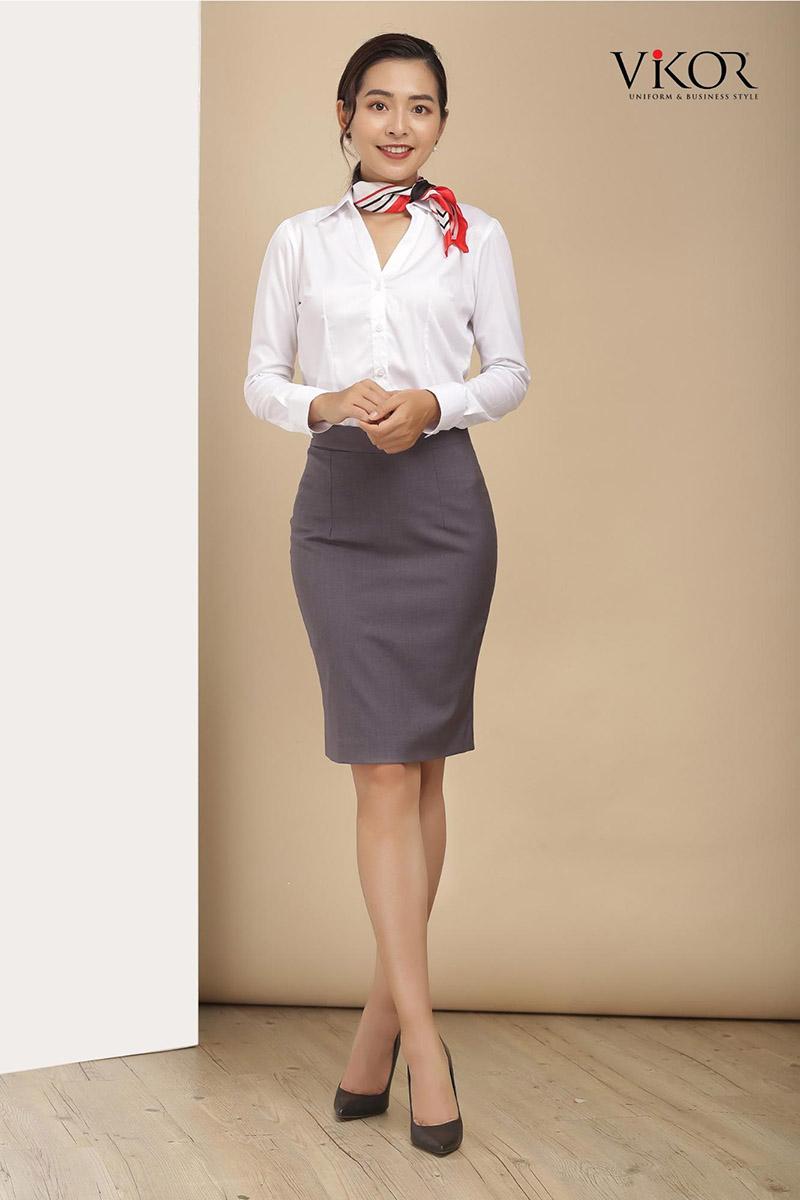 Sơ mi trắng cổ chữ V được làm từ chất liệu kate cao cấp, thoáng mát là lựa chọn hoàn hảo cho quý cô công sở