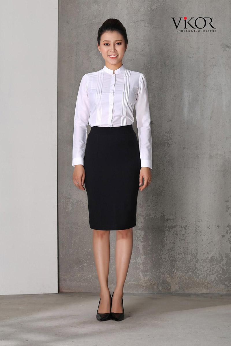 Form áo sơ mi vừa vặn nhằm tôn dáng người mặc và thể hiện sự chỉn chu trong đồng phục