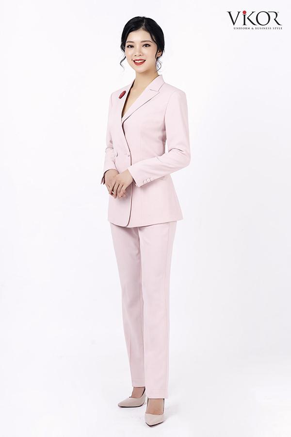 Vest hồng pastel
