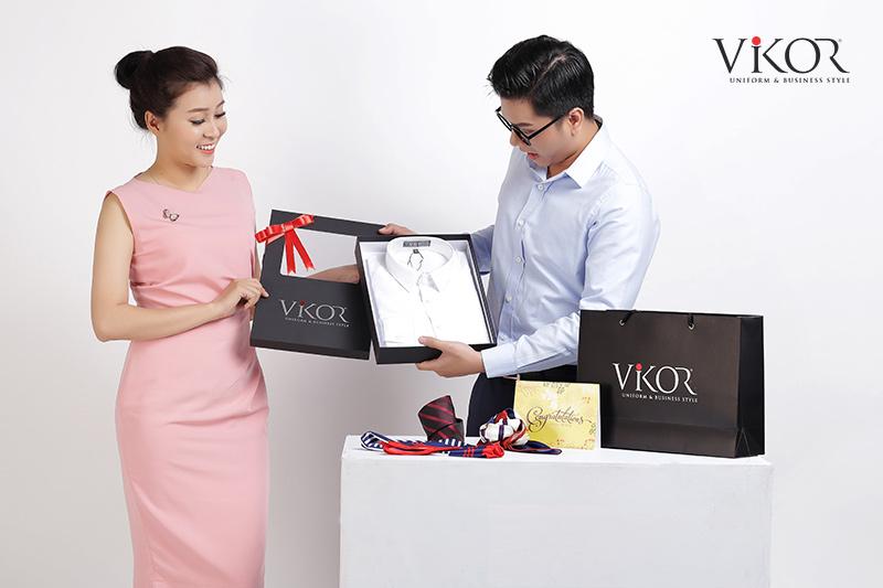 VIKOR luôn chú ý đóng gói và bảo quản đồng phục đảm bảo chất lượng và sự chỉn chu