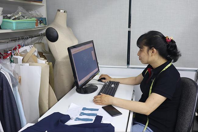 Phòng thiết kế mẫu đồng phục VIKOR