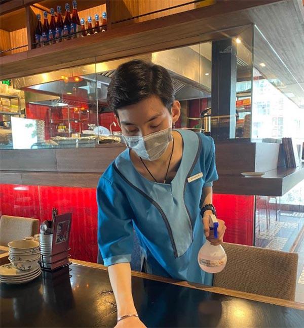 Đồng phục tạp vụ nhà hàng
