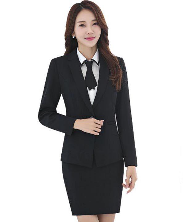 Đồng phục lễ tân nhà hàng với vest và chân váy