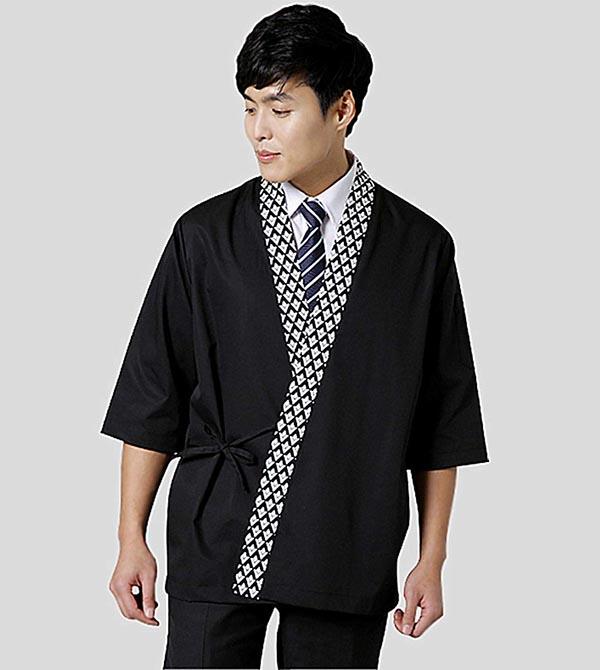Đồng phục quản lý sử dụng trang phục truyền thống