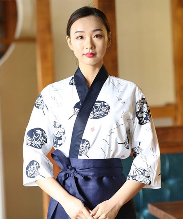 Đồng phục nhà hàng mang đậm phong cách văn hóa Nhật Bản