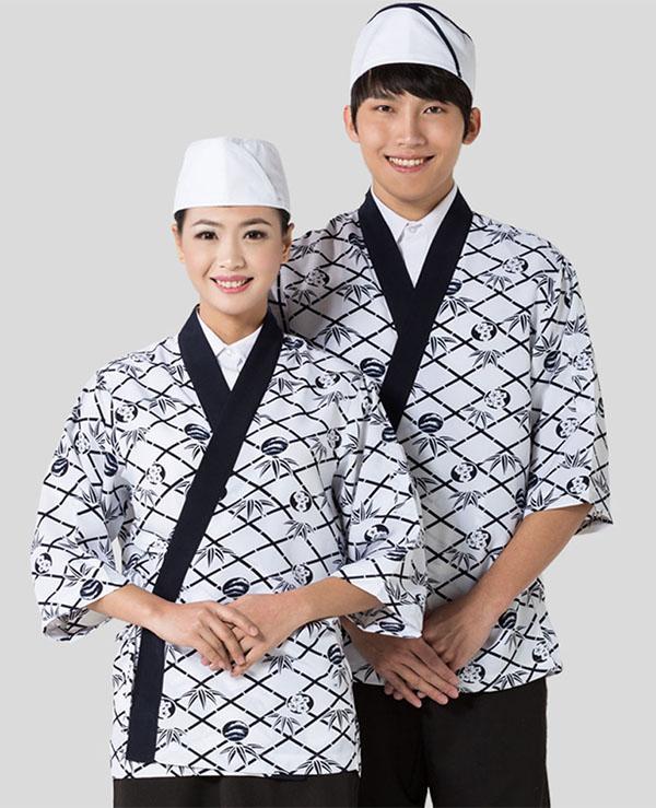 Đồng phục nhân viên bếp nhà hàng Nhật với hoa văn