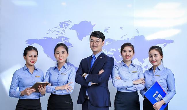 Tổng hợp] 80+ mẫu đồng phục các ngân hàng đẹp tại Việt Nam