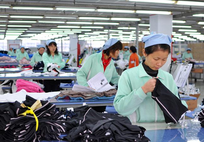 Đồng phục công nhân ngành may